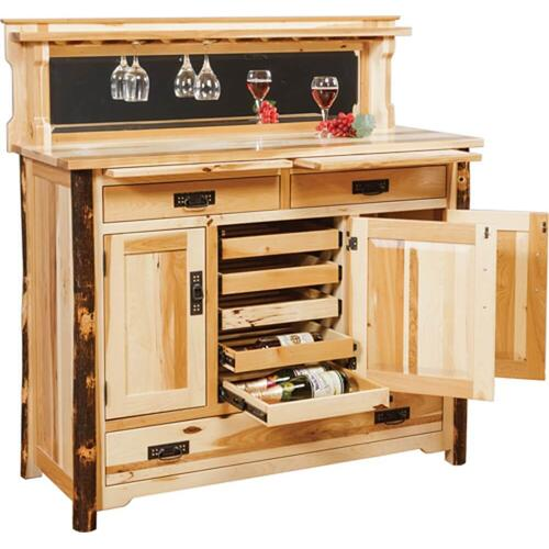 Buffet with Bottle Pull-outs