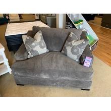 Stanton 338 Chair & 1/2
