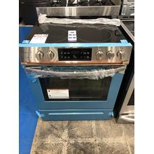 Frigidaire 30'' Front Control Freestanding Electric Range **OPEN BOX ITEM** West Des Moines Location