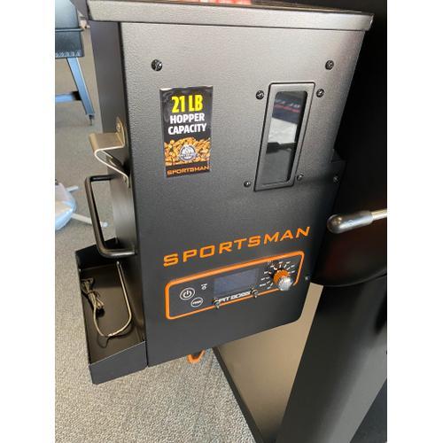 PIT BOSS SPORTSMAN 820 WOOD PELLET GRILL w/ FREE bag of 40lb. pellets