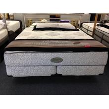 Simmons Recharge World Class King Mattress