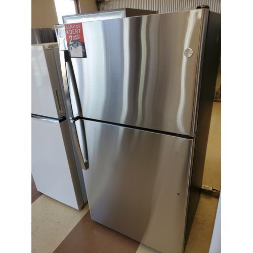 GE Appliances - GE® ENERGY STAR® 21.9 Cu. Ft. Top-Freezer Refrigerator