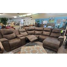 View Product - Southern Motion Sectional