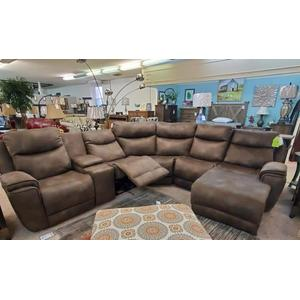 Southern Motion - Southern Motion Sectional