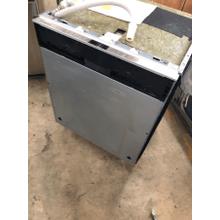 "24"" Panel Ready Dishwasher Benchmark Series SHV9PT53UC"