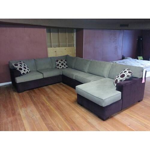 Stanton Furniture - Stanton Sectional