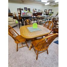 BROOKS FURNITURE PEDESTAL TABLE & CHAIRS