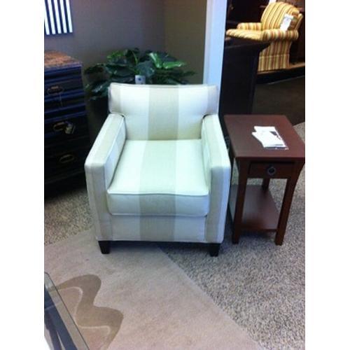 Gallery - Hillsboro Chair L27xD33xH29