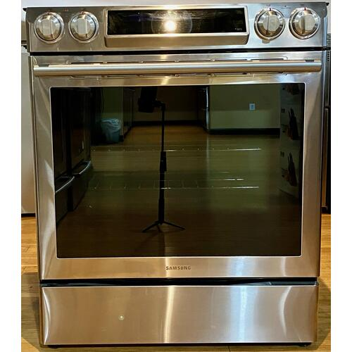 Samsung NE58F9500SS     5.8 cu. ft. Slide-in Electric Range with Dual Convection in Stainless Steel