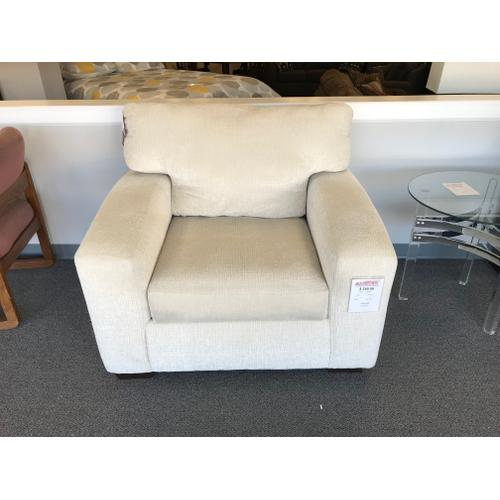 American Furniture Manufacturing - Floor Sample. Add a club chair to any room.