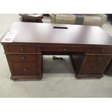 CLEARANCE DESK