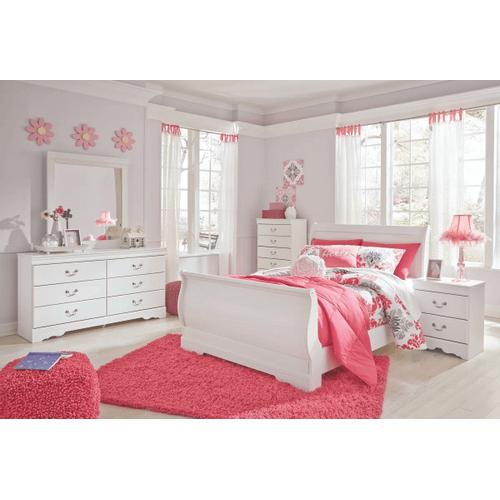 Anarasia - White - 7 Pc. - Dresser, Mirror, Chest, Nightstand & Full Sleigh Bed