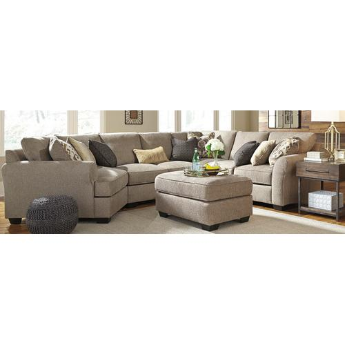 39102 Pantomine Sectional with Left hand Cuddler