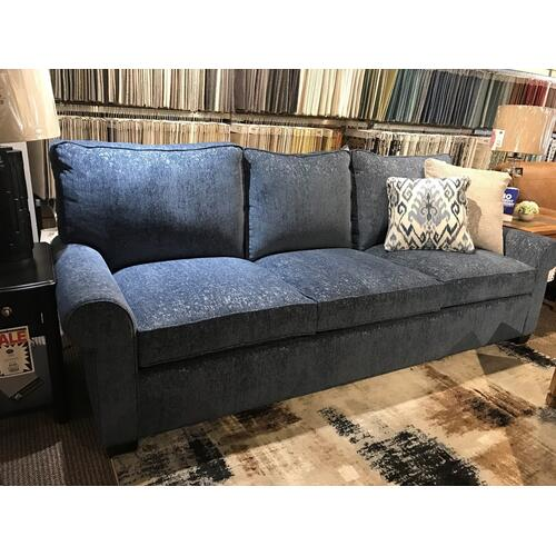 Hallagan Furniture - Grand Davenport Madison