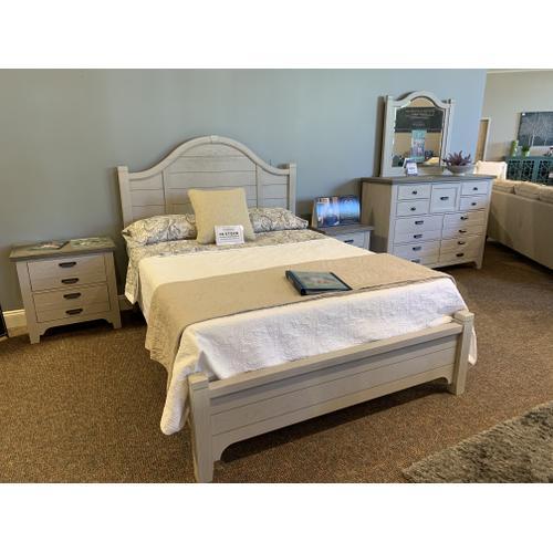 Bungalow Queen Bedroom with Matching Nightstand