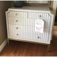 Accent drawer chest