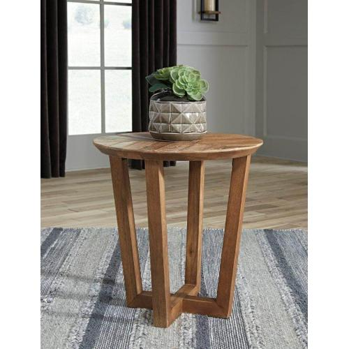 ASHLEY T832-6 Kinnshee Brown Occasional End Table