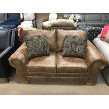 Walters Loveseat with Nails 6636N(LRULOV461)