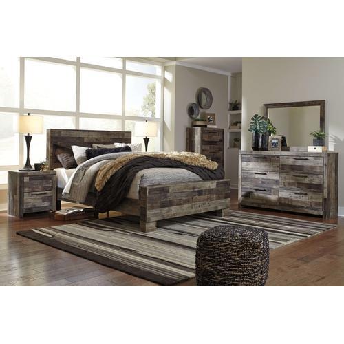 Derekson - Queen Panel Bed, Dresser, Mirror, & 1 X Nightstand