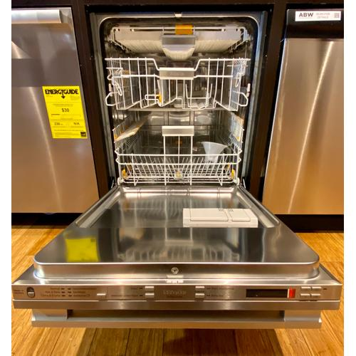 Miele G6875SCVISFAM   Fully-integrated, full-size dishwasher with hidden control panel, 3D  cutlery tray and CleanTouch Steel panel
