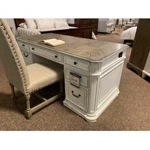 Magnolia Manor Desk