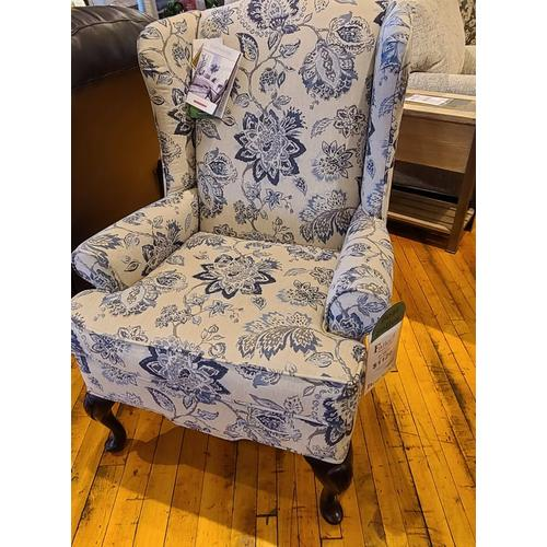 Craftmaster Furniture - 0375 Wing Back Chair - Lake Lure