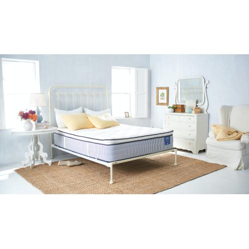The Hudson A perfect balance of softness and support, cooling and comfort this 6-layer mid-level mattress will transport you to forest-like tranquility in an instant.