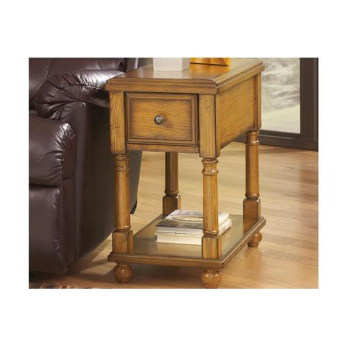 Breegin chairside table