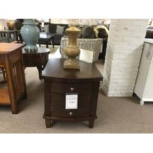 "Ashley ""Holloway"" End Table FD T516-2 22""W-27""D-24""H"