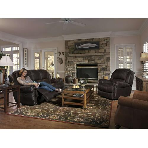 LATITUDES Collection 1311 Reclining Sofa Group