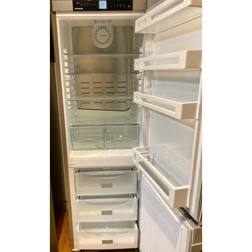 "Liebherr CS1210   24"" Fridge-freezer with NoFrost"