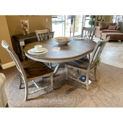 Flexsteel - OVAL PLYMOUTH DINING TABLE WITH 4 CHAIRS