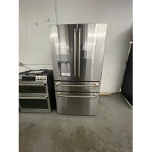 ****ANKENY LOCATION*** Café ENERGY STAR® 27.8 Cu. Ft. Smart 4-Door French-Door Refrigerator ***FLOOR MODEL***