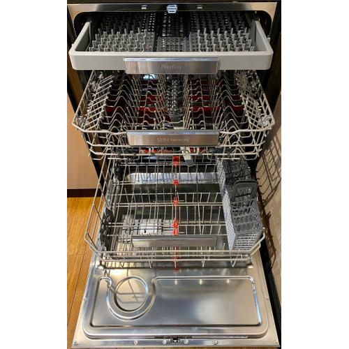 Samsung DW80M9990UM    Chef Collection Dishwasher with Hidden Touch Controls in Matte Black Stainless Steel