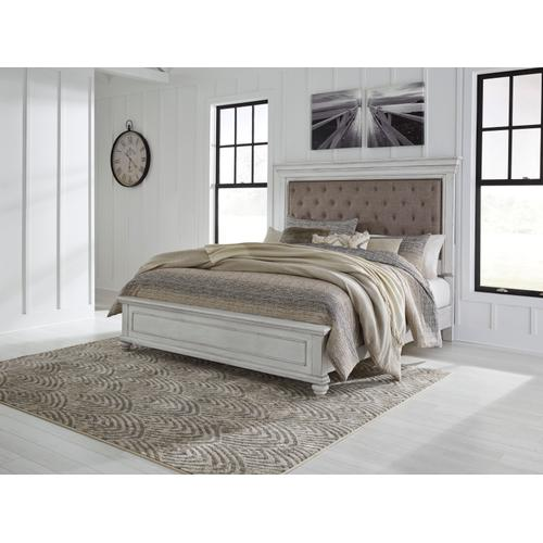 Kanwyn 4 Pc. Cal King Bedroom Set W/Upholstered Headboard Whitewash