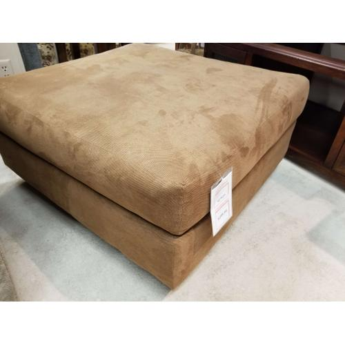 Factory Closeouts - Cocktail Ottoman