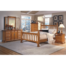 HONEY CREEK QUEEN POSTER BED  in Caramel   *FLOOR SAMPLE - CLEARANCE*       (1133P,62412)