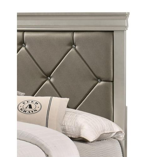 Crown Mark - Amalia Bed - Queen Size