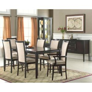 Vegas Dining Room With Server