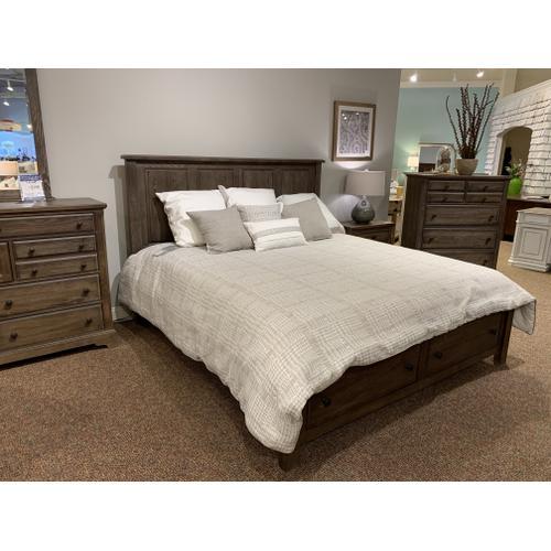 106 Solid Wood King Bedroom Set