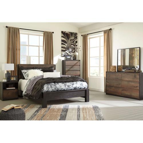 Windlore - Queen Panel Bed, Dresser, Mirror, 1 X Nightstand