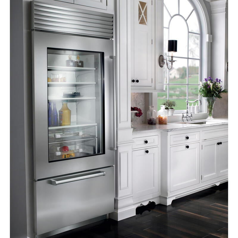 "36"" Classic Over-and-Under Refrigerator/Freezer with Glass Door"