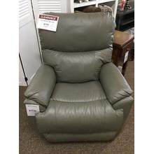 "La-Z-Boy ""Trouper"" 16-724 Leather Wall Recliner 36""W-38""D-42""H"