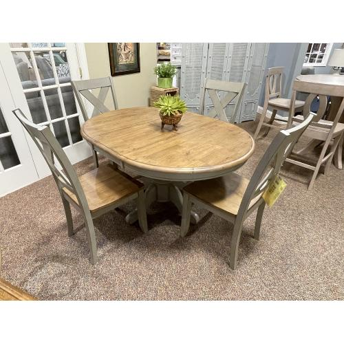Winners Only - DINETTE W/ 4 CHAIRS