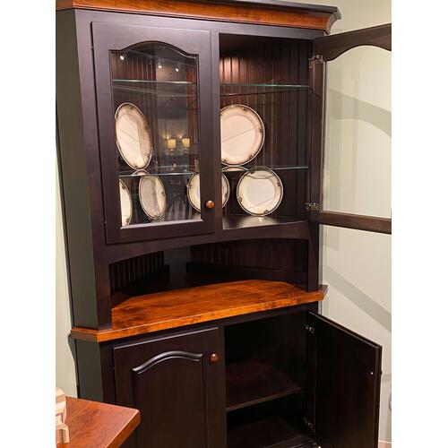 Old Town Corner Hutch