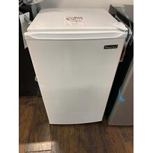 3.5 cu. ft. Mini Refrigerator **OPEN BOX ITEM** Ankeny Location