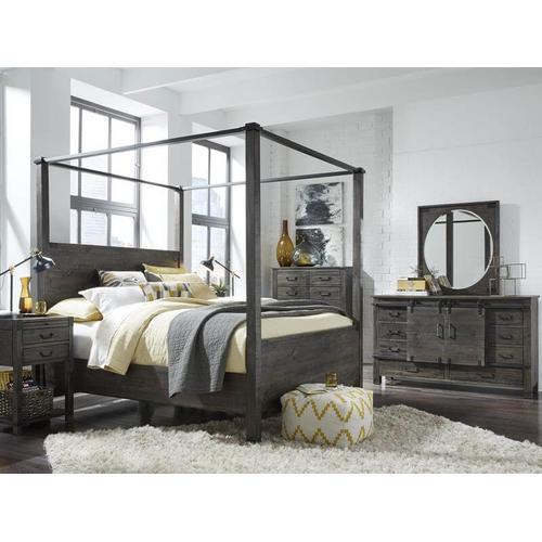 Abington Queen Post Bed