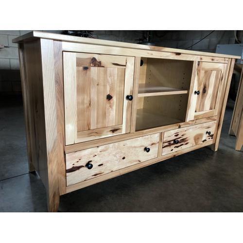 Amish Craftsman - Hickory Entertainment