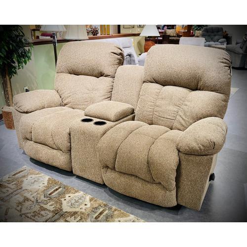 Best Home Furnishings - RETREAT Reclining Sofa in Truffle    (S800RA4-18639,27952)