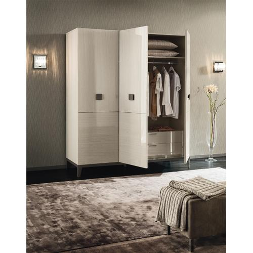Mont Blanc Queen Bed by ALF Italia